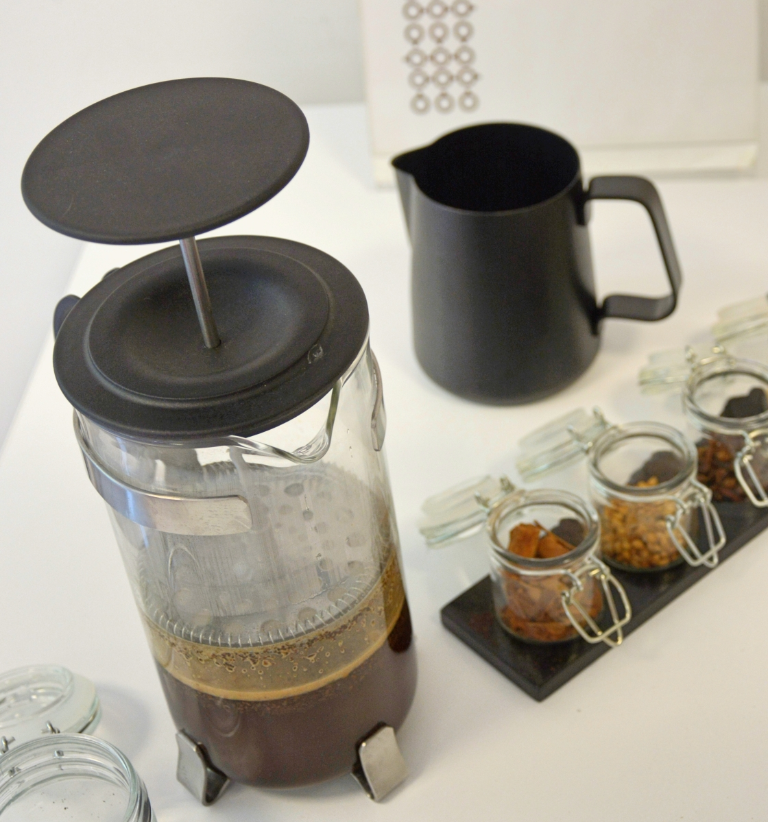 "Coffee is always a good idea! la French press o ""Melior"""